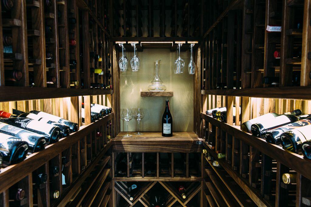 Premier-Cru-Wine-Cellars-310-289-1221-Leeds-Res-II1